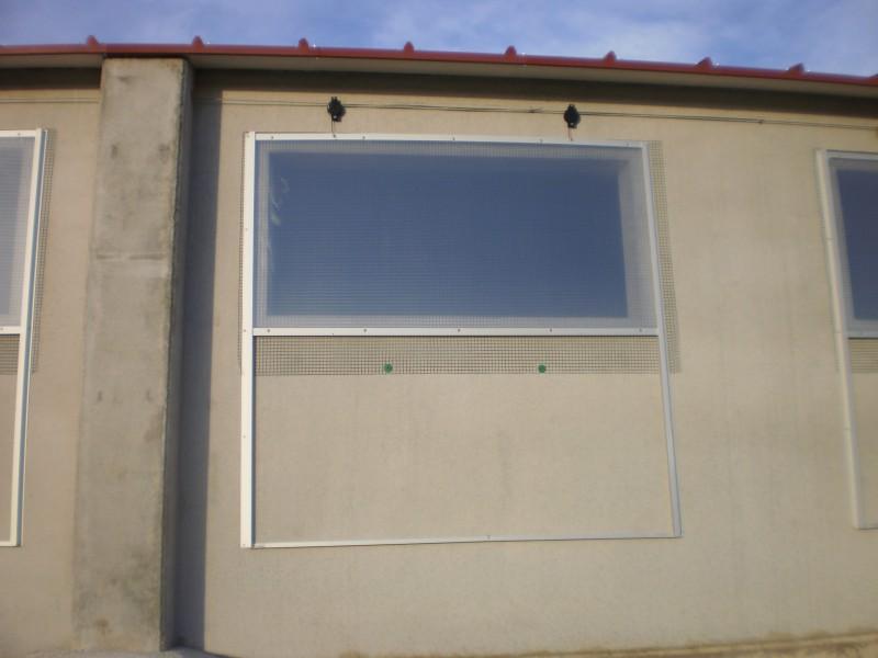 fenêtre guillotine élevage porcin